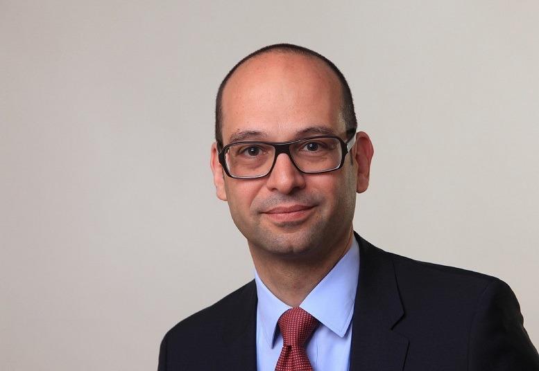 Kiumars hamidian junior consultant for Junior consultant