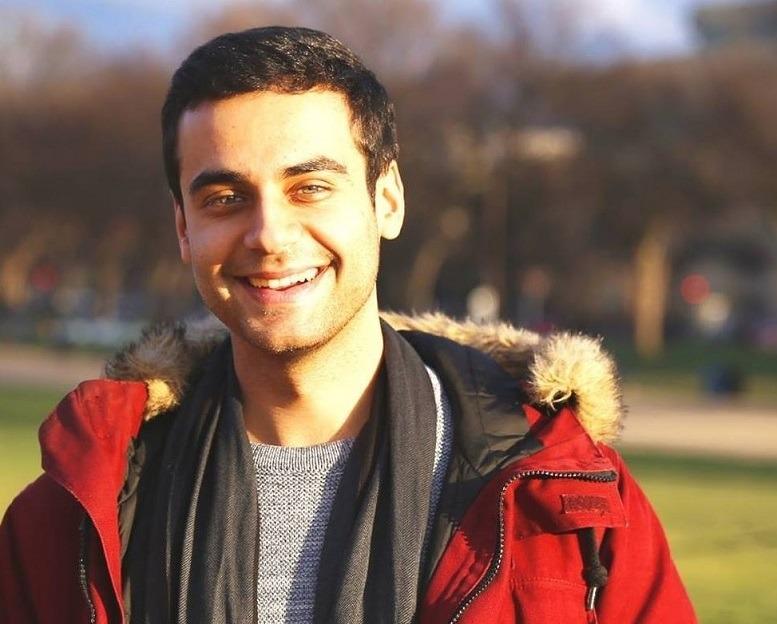 Behroz Sharifi absolvierte ein Praktikum bei DB Management Consulting
