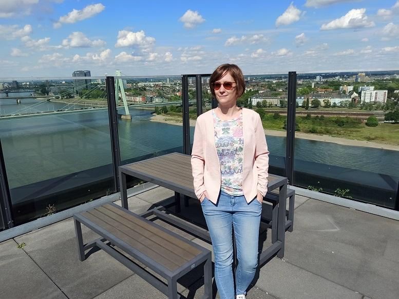 Gute Aussichten bei Simon-Kucher & Partners: Ilka Cremer im Kölner Office des Unternehmens