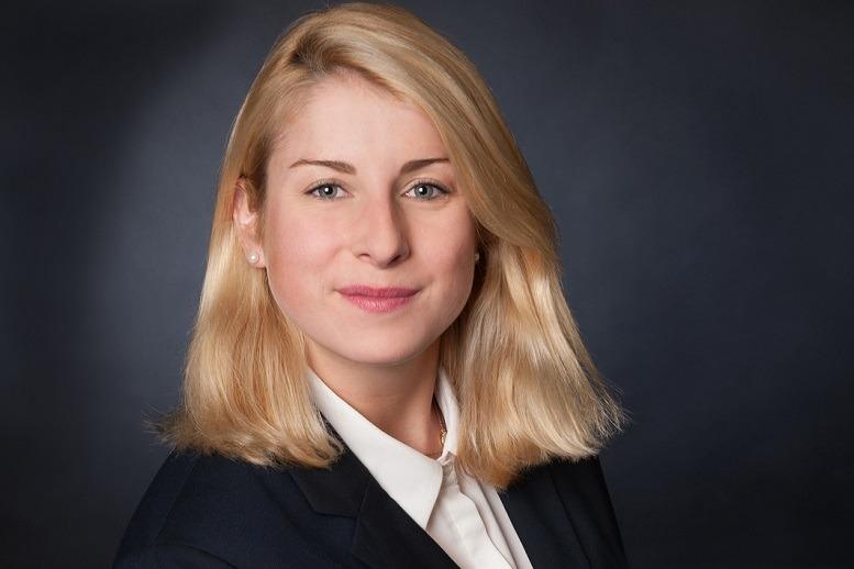 Festeinstieg mit Ansage:Julia Koepsel von Roll & Pastuch