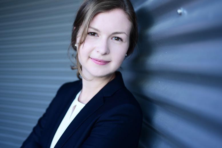 Vor ihrer Arbeit in der Unternehmensberatung hat Marlene Zetsche an vier Universitäten studiert und Praktika im Banking und in einem Start-up gemacht