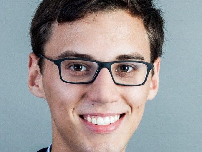 Mathis Vetter studiert im fünften Bachelorsemester Recht, Personalmanagement und Personalpsychologie und engagiert sich in der studentischen Unternehmensberatung Consult One