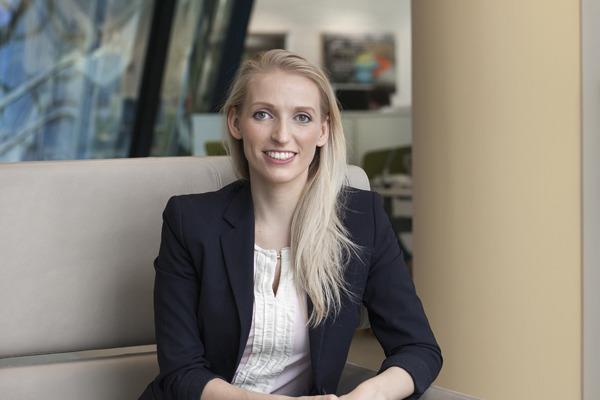 Daniela Mitterbuchner, Accenture