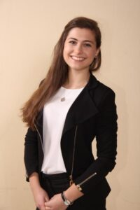 Nicole Gladilov, Junior Business Team