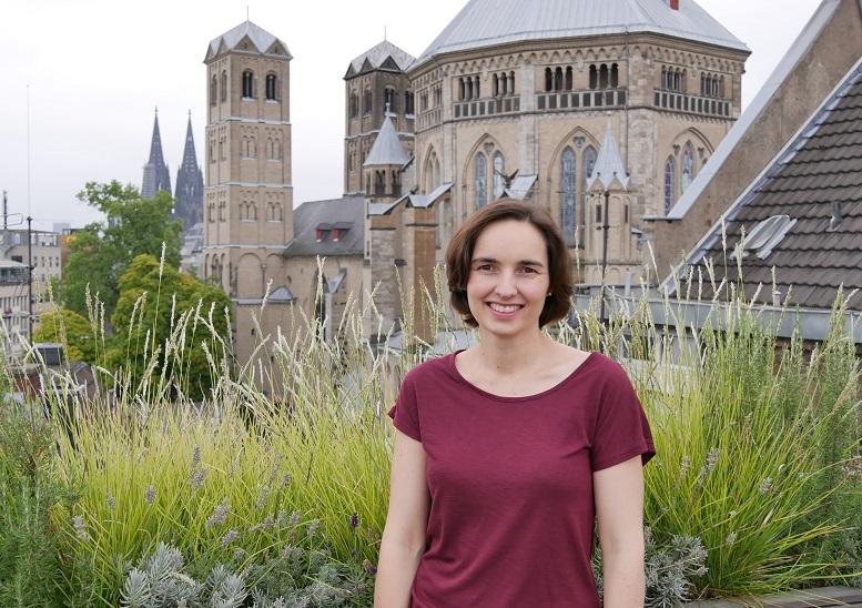 """Viel unterwegs unter der Woche, aber freitags in der """"Homezone"""": Stefanie Stemmer im Kölner Büro von McKinsey"""