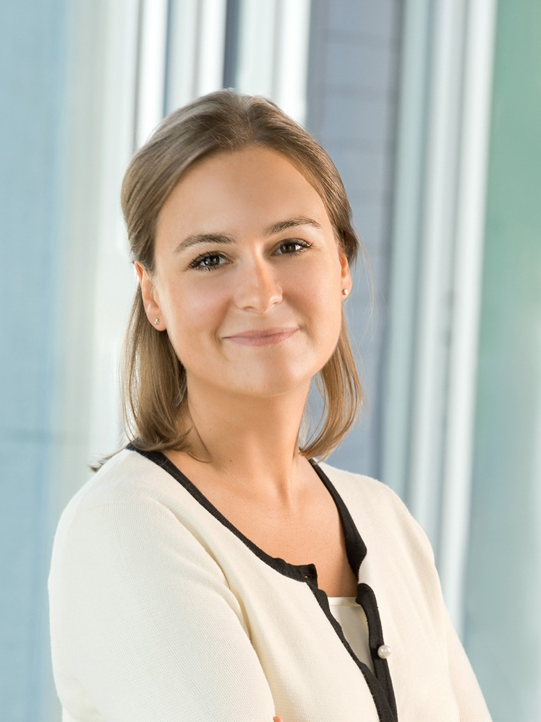 Dr. Sophie Strelczyk