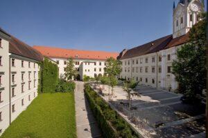 Universität Passau Nikolakloster