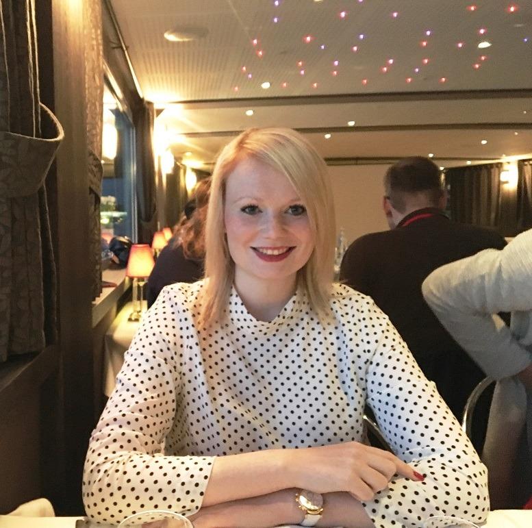 Wiebke: Nach der Promotion begann sie bei Roland Berger als Beraterin im öffentlichen Bereich