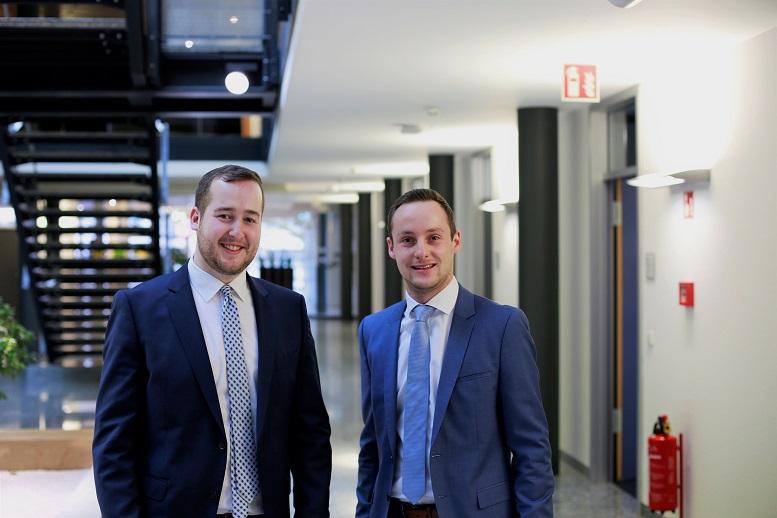 Sebastian Kühn und Marcel Born arbeiten als Berater für die Fiducia & GAD