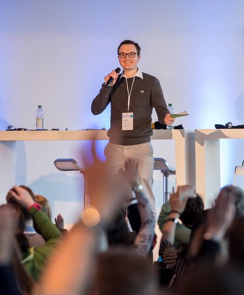 Daniel Schulz wechselte bei thyssenkrupp vom Consulting in die strategische Kommunikation